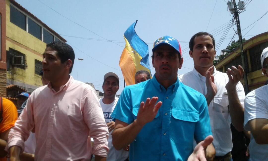 capriles en Vargas