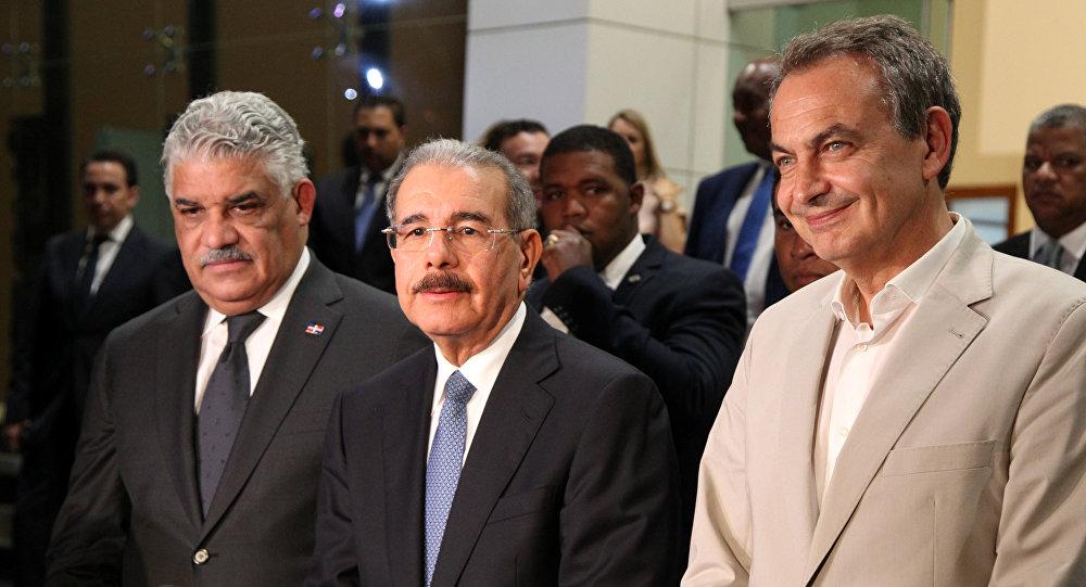 Mediadores e el diálogo. Foto Archivo