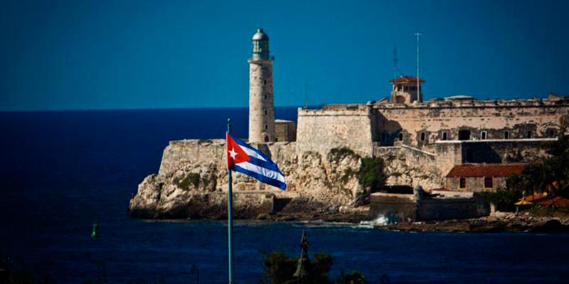 morro-bandera-cubana