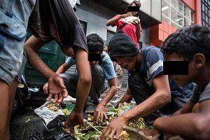 venezolanos-comen-basura-desperdicios-basurero-hambre-socialismo-11-300x200