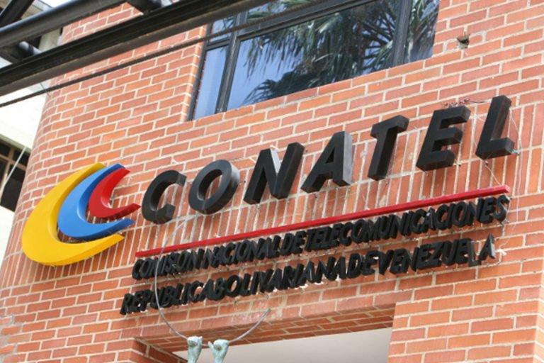 ¿Dictadura? Conatel inició procedimiento contra RCR por no transmitir lanzamiento del satélite Sucre