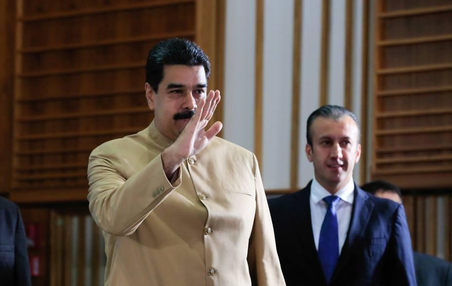 Maduro el Consejo Nacional de Economía Productiva
