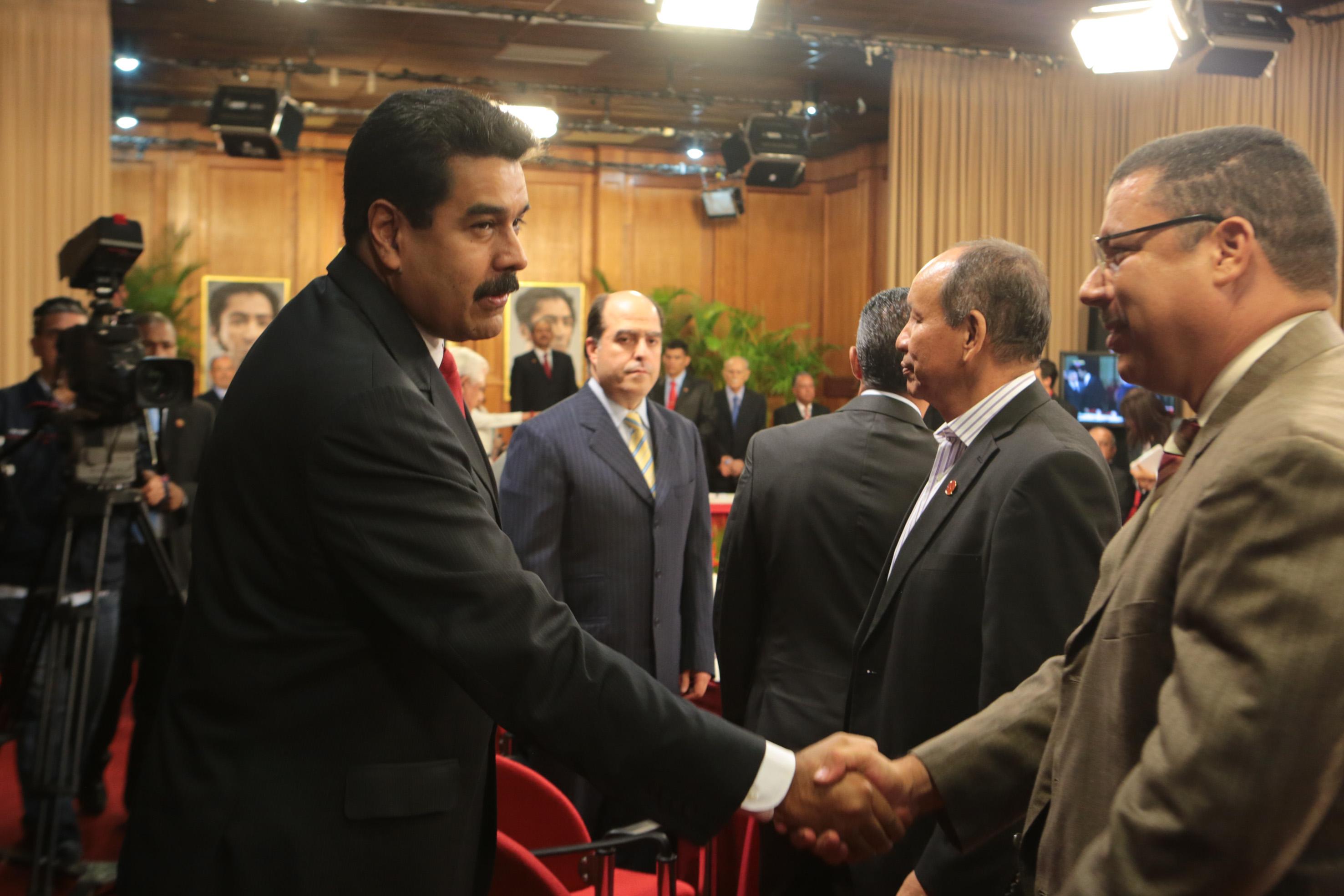 Maduro y oposicion