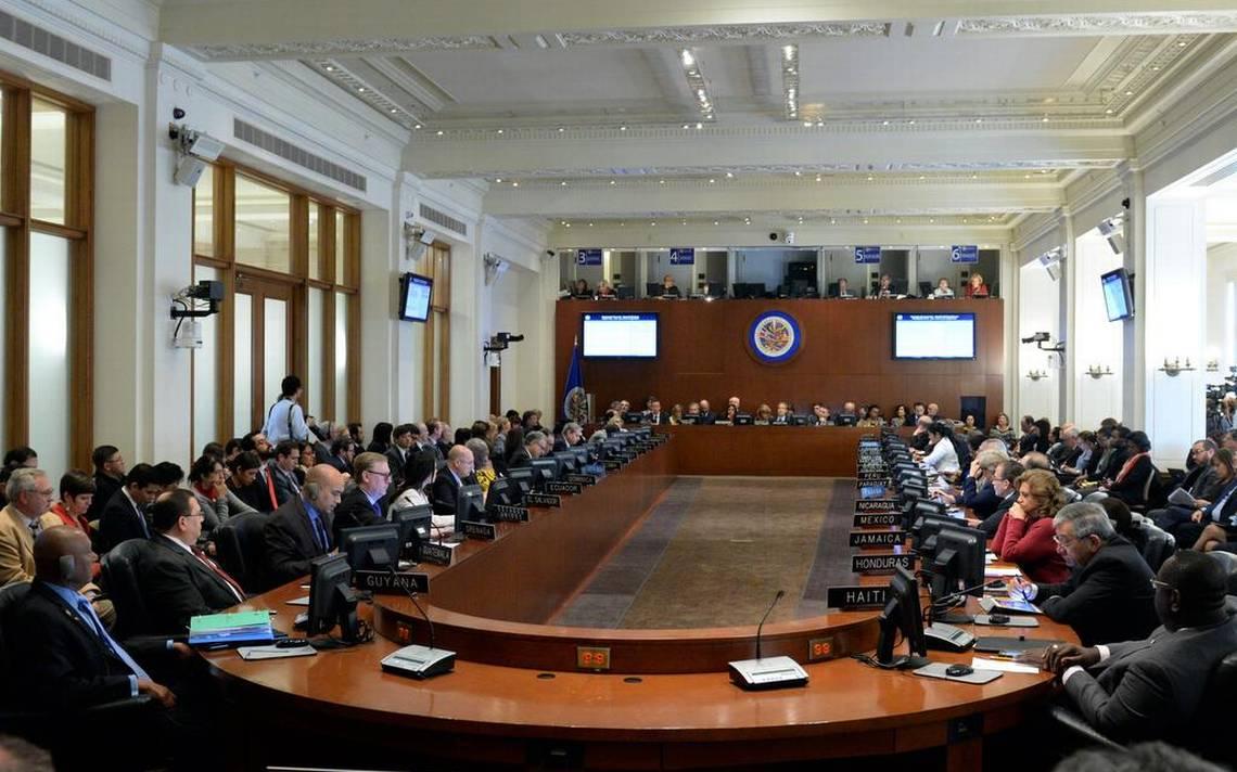 OEA insta a Nicolás Maduro a suspender las elecciones presidenciales de abril