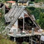 casa-destrozada-por-cuerpos-policiales-en-el-junquito-696x455