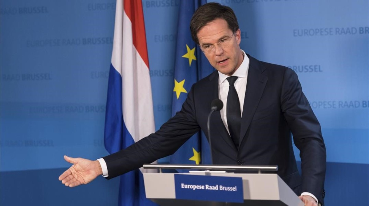 Dutch Prime Minister Mark Rutte speaks during a news conference at an EU Summit in Brussels on Thursday  Dec  15  2016  European Union leaders have reached a compromise with the Netherlands that will allow the bloc to enact an agreement on closer ties with Ukraine   AP Photo Geert Vanden Wijngaert