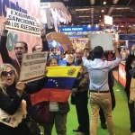 venezolanos-protestan-fitur-k2LC-620x349@abc