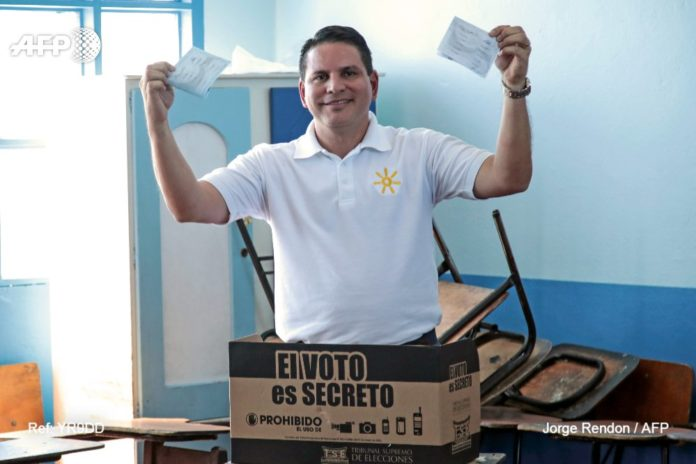 Fabricio-Alvarado-presidenciales-Costa-Rica.jpg-large-696x464