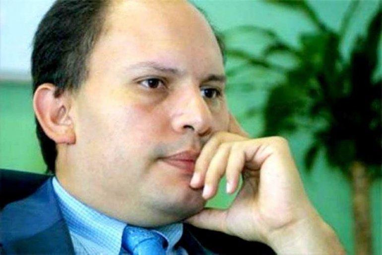 Nervis Gerardo Villalobos Cárdenas