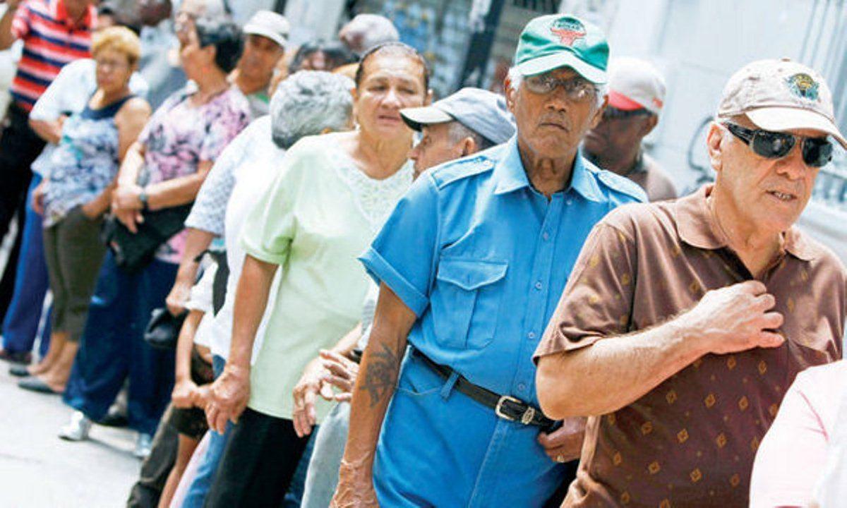 ¡Solo en Revolución!… Tres abuelos han fallecido intentado cobrar la pensión