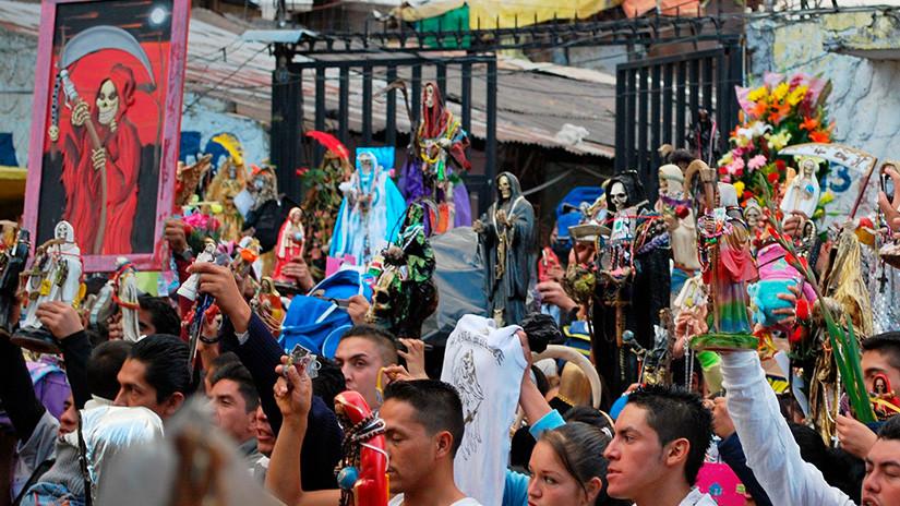 Peregrinación de la Santa Muerte en el barrio de Tepito, en la Ciudad de México / Wikimedia Commons / Thelmadatter