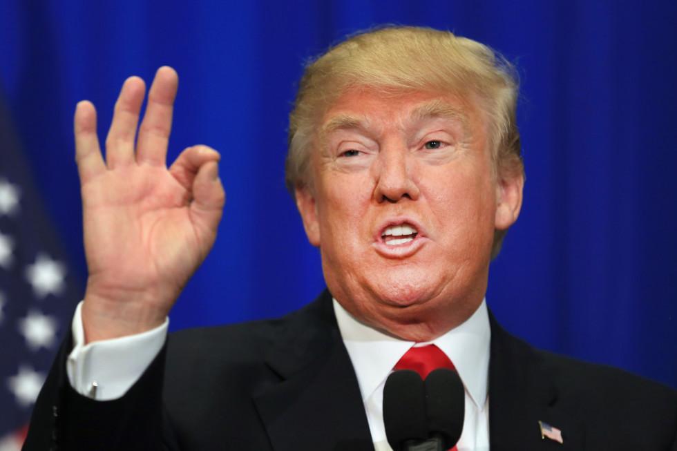 "Trump acorrala a Maduro ""asfixiando"" el Petro"
