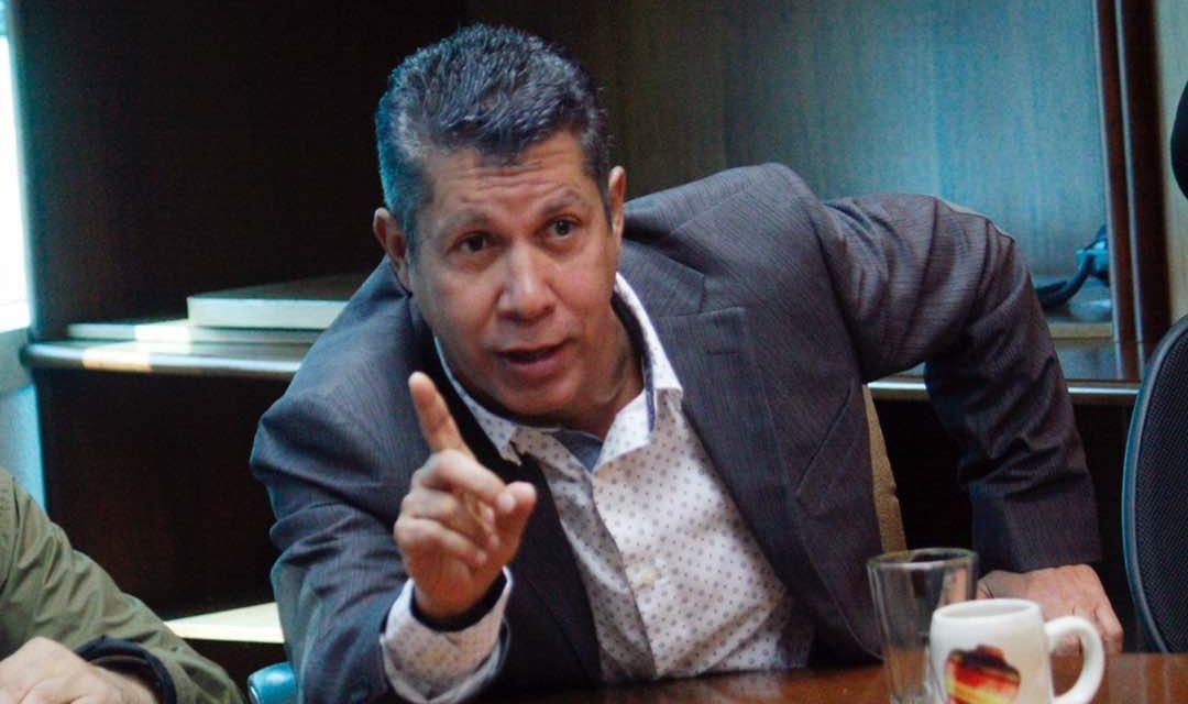 Con ansias de poder, Henri busca conducir la oposición  venezolana