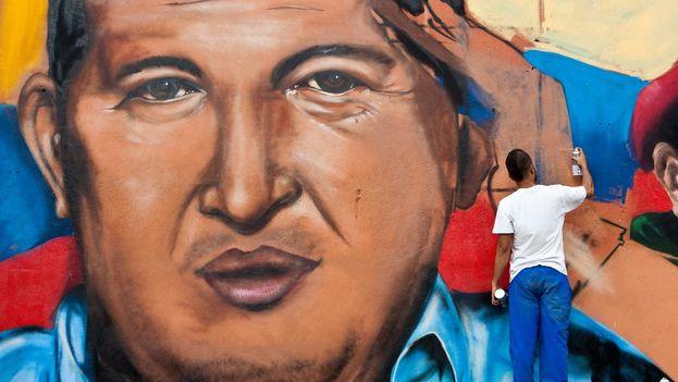 Venezuela-Hugo-Chavez-Miguel-GutierrezEFE_CYMIMA20170304_0004_16