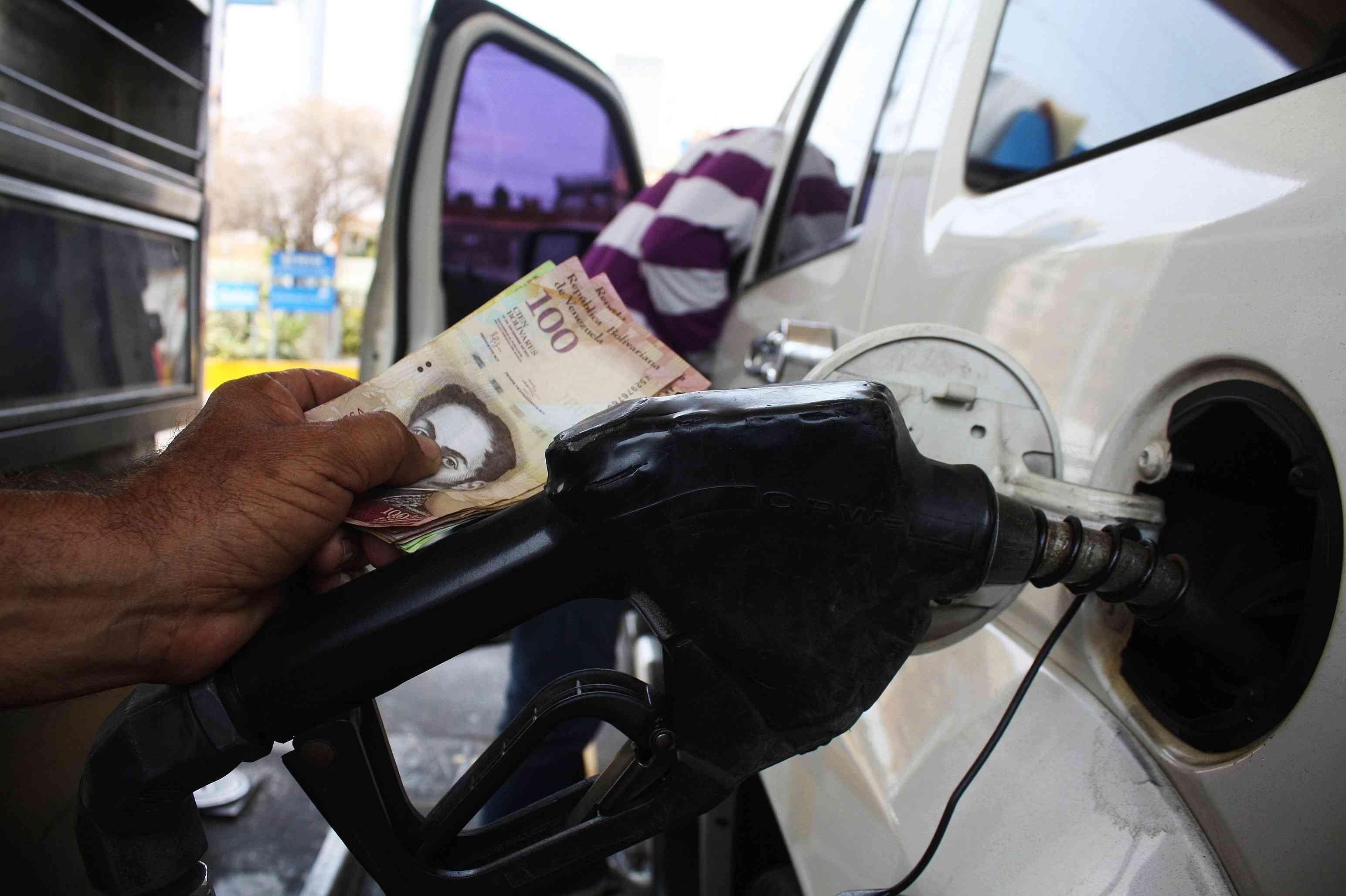 aumenta_gasolina345.jpg_1890500980