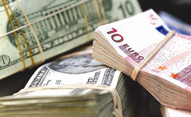 El dólar y el euro siguen tomando fuerza tras subastas del Dicom