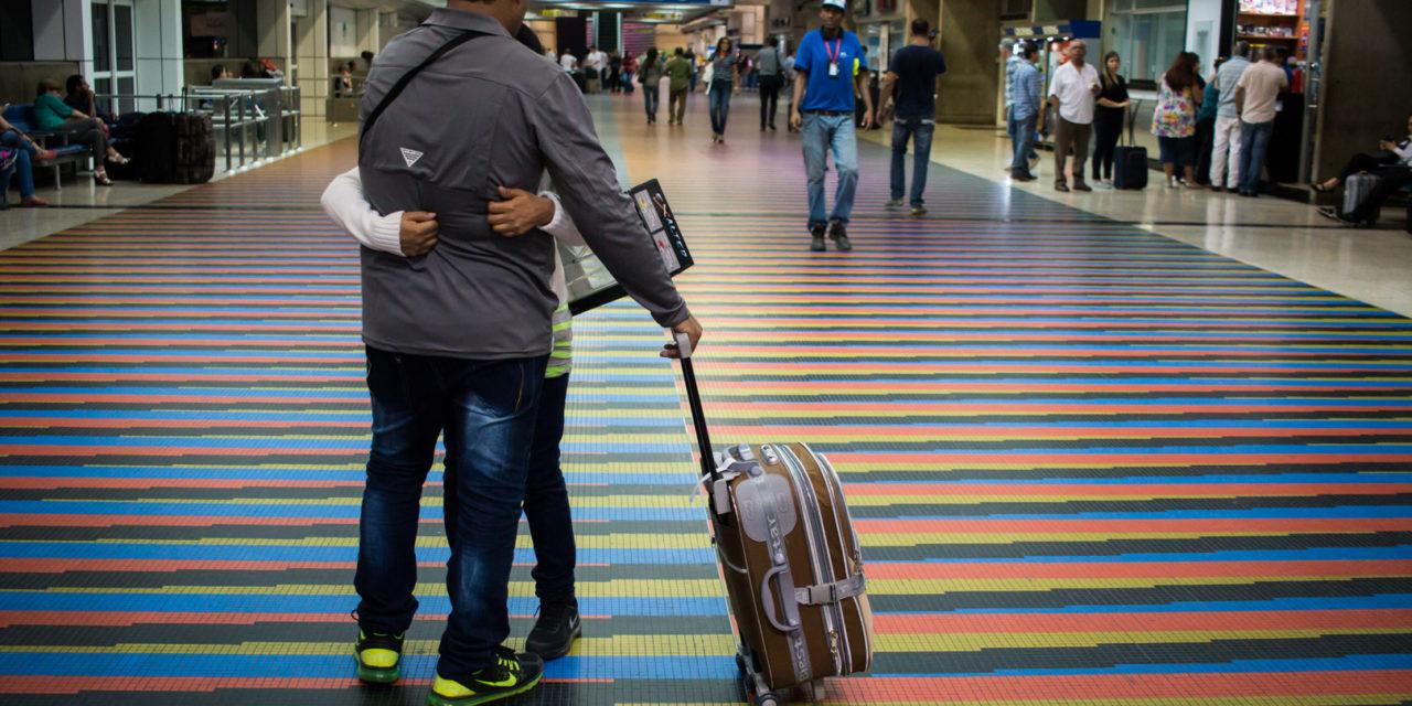 Éxodo masivo de venezolanos sigue impactando en medio de la crisis