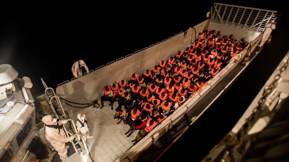 Los inmigrantes del Aquarius llegan a España