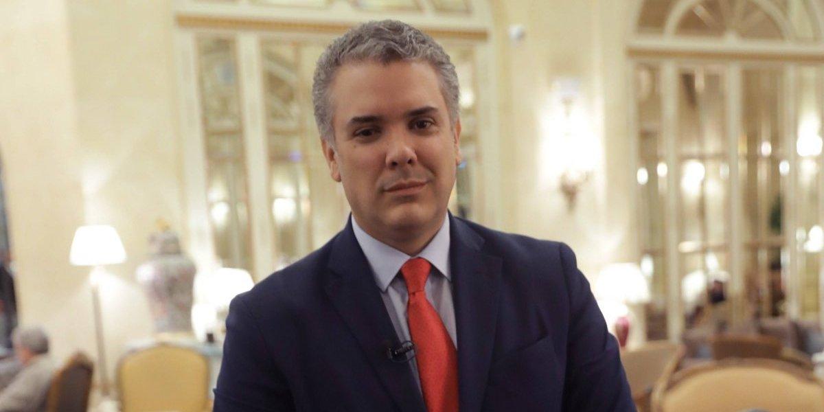 Duque solicitó recursos en París para hacer frente a la crisis venezolana