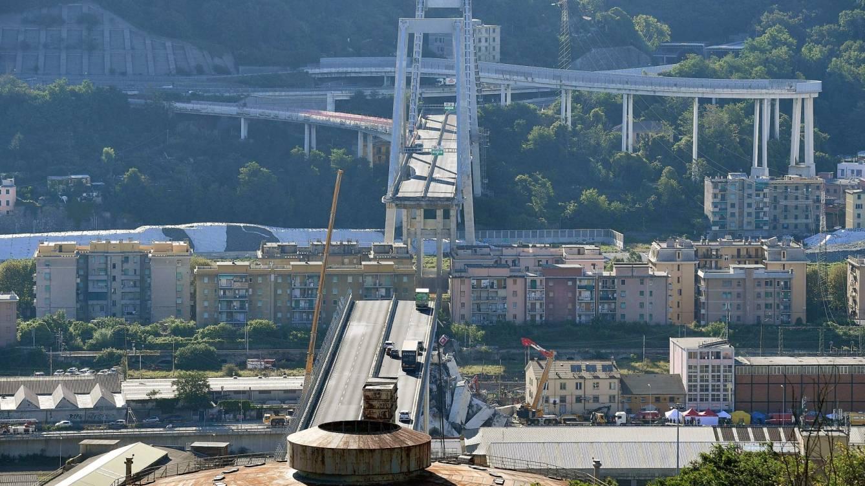 Catastrófico derrumbe del puente en Italia que cobró vida de al menos 39 personas