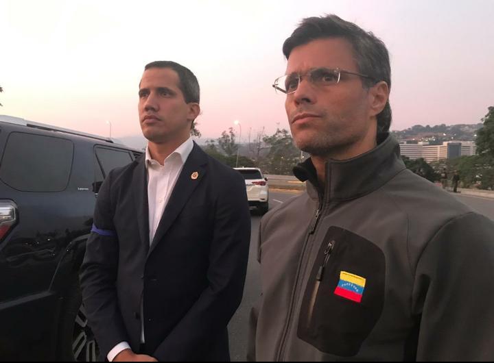 J. Guaidó y L. López