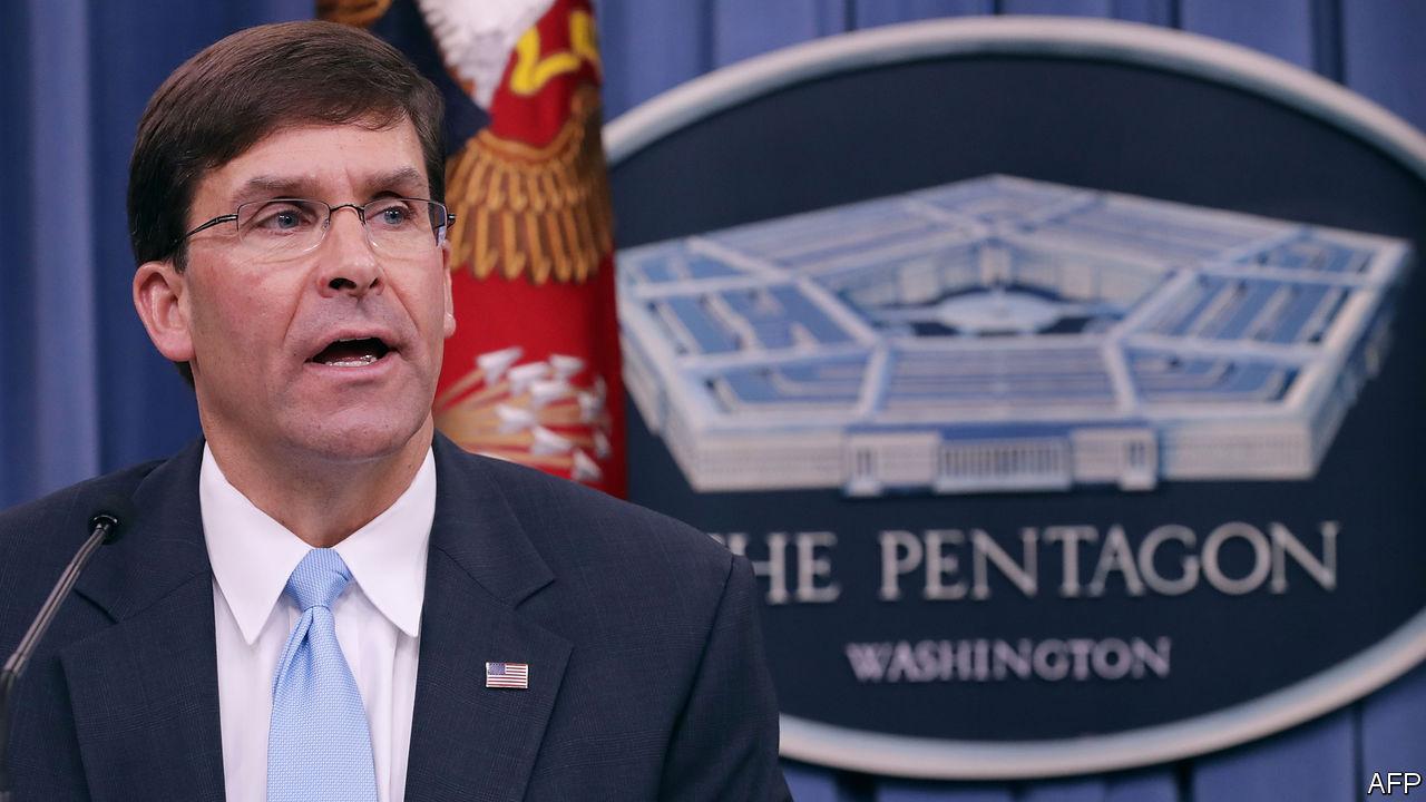 Mark Esper es nombrado nuevo jefe del Pentágono